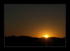 ANOTHER SUNSET - FLICKR (claudio.marcio2) Tags: sunset searchthebest prdosol magiceye breathtaking allyouneedislove blueribbonwinner 10faves amazingshot goldenmix golddragon beautifulcapture naturesgallery anawesomeshot impressedbeauty ibeauty diamondclassphotographer citritgroup flickrelite allnicethink perfectsunsetssunrisesandskys wonderfulworldmix betterthangood
