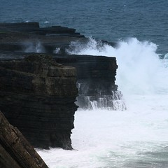 angry atlantic (limerickdoyle) Tags: ireland sea waves atlantic ef28135mm atlanticocean countyclare loophead westcoastofireland canon400d