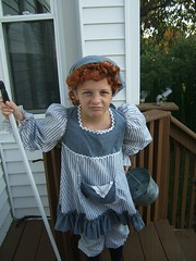 Julia as Orphan Annie