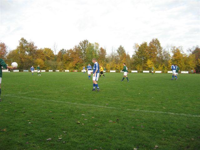 voetbal 02-11-07 036
