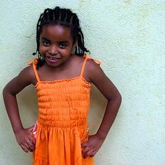 laranja (voar) Tags: brazil girl brasil child saopaulo fave nov07
