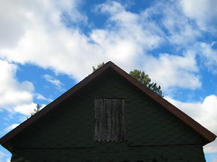 home (pondblue) Tags: blue sky green home barn connecticut ct