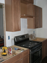 14.kitchen_cabs_left