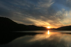 Sunset at Chilhowee Lake (Frank Kehren) Tags: sunset lake canon tennessee f71 chilhowee canoneos30d