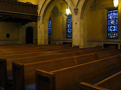 (Lori Greig) Tags: wood windows light church glass st table pauls stained methodist pews stpaulsmethodist assignmenthouston21
