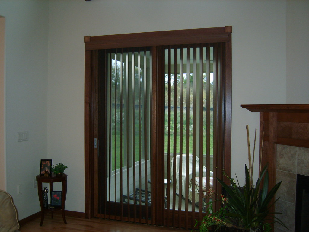 Wood Blinds Vertical Wood Blinds Allen And Roth Drapery