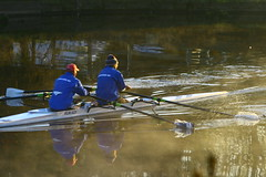 IMG_7779 (lepista) Tags: morning mist club sunrise river rowing weaver runcorn 20071020