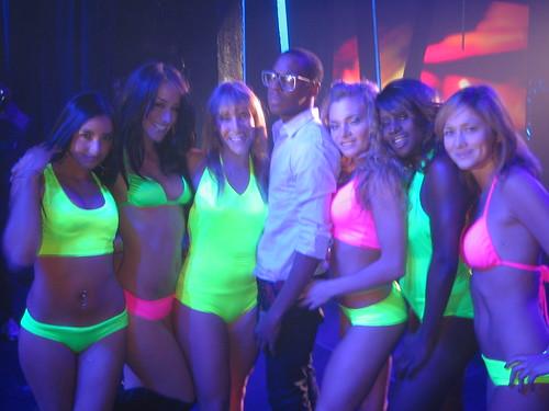mtvU Naeem w/ Dancers