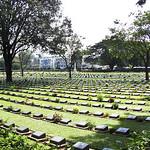 Kanchanaburi war cemetery in western Thailand thumbnail