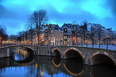 Reguliersgracht (mickle229) Tags: holland netherlands dutch amsterdam night canal twilight europe dusk nederland hdr keizersgracht gracht d300 reguliersgracht 3xp