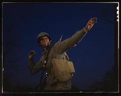 Anglų lietuvių žodynas. Žodis grenade thrower reiškia granata metikas lietuviškai.
