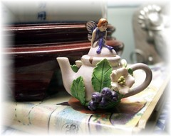 Teeny fairy teapot