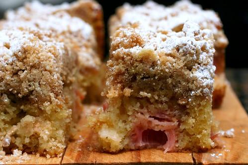 rhubarb big crumb coffee cake