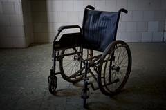 No te puedes sentar (You can't sit down) (Mr. Chenko) Tags: hospital dark grunge wheelchair silla ruedas laspalmas sanmartin oscuro abandonado vegueta tenebroso
