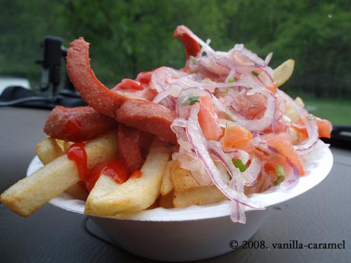 Hotdog & fries Ecuadorian-style