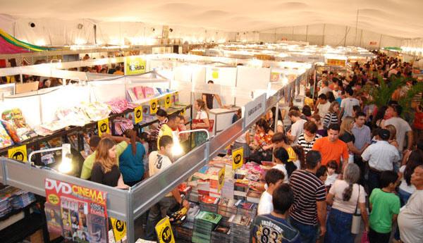 Image result for Feira do livro em mossoro