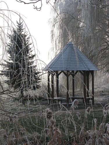 Frostig: Pavillon am Stegepfuhl
