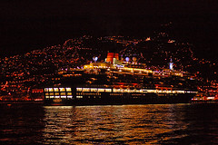 Queen Victoria...dawn...Madeira Island (Mr.Enjoy) Tags: cruise portugal night port dawn lights europe call ship harbour line enjoy arrival madeira cunard queenvictoria maiden funchal maidenvoyage madeiraisland madre aplusphoto diamondclassphotographer 28122007