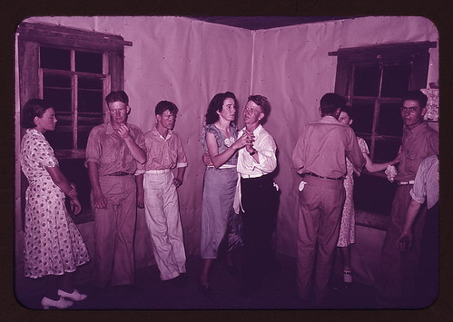 Round dance between squares at dance in McIntosh County, Oklahoma (LOC) by The Library of Congress.