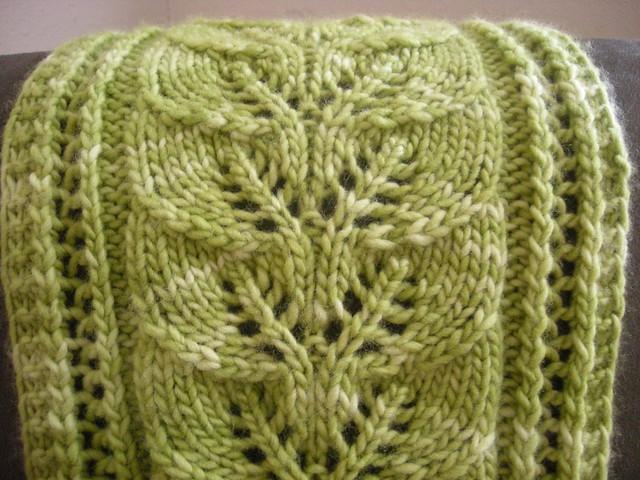 коллекция моделей свитеров вывязывания широкихобъемнымных кос жгутов спицами схемы