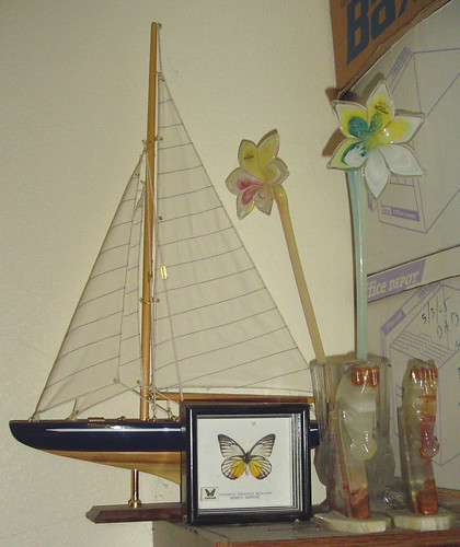 flowers horses glass sailboat butterfly onyx