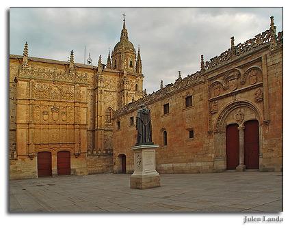 La Universidad a los Reyes y el Conservatorio a la Universidad