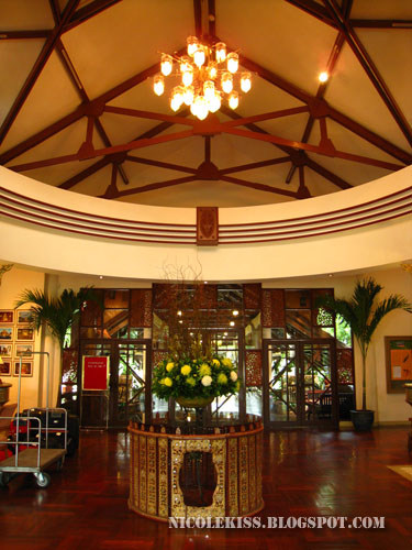 felix river kwai resort lobby