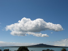 (sgrah) Tags: cloud rangitoto iloveclouds