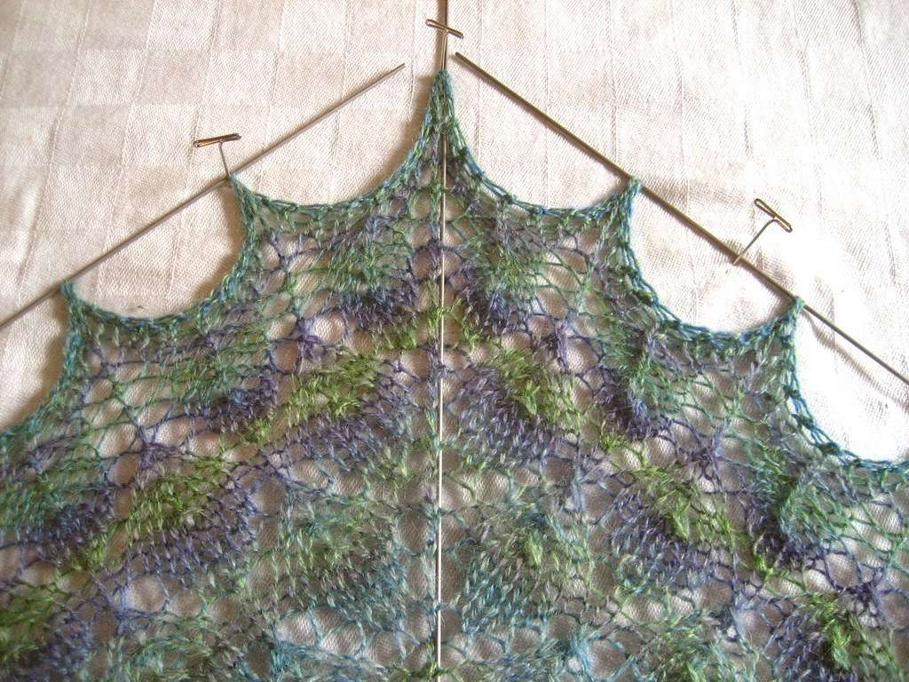 Forest Canopy Shawl Blocking detail