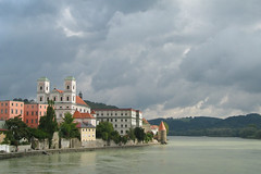 Clouds over Passau - One year on Flickr (anadelmann) Tags: clouds canon river germany landscape deutschland inn beautifullight wolken f100 g3 fluss landschaft passau pictureperfect canonpowershot canonpowershotg3 naturesfinest blueribbonwinner v1000 faveme supershot mywinners abigfave anawesomeshot colorphotoaward impressedbeauty favemegroup3 innkai diamondclassphotographer flickrdiamond excellentphotographeraward theunforgettablepictures overtheexcellence betterthangood theperfectphotographer absolutelystunningscapes gofp anadelmann nxpl