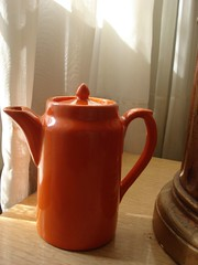 Bauer Plainware individual coffee pot (.Hollie.) Tags: california coffee bauer pottery teapot californiapottery bauerpottery plainware