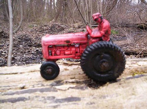 Auburn Tractor