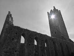 Claregalway Friary (Photoblog.ie (Patrick Dinneen)) Tags: bw sun white black galway church ruin eire holy w2 friary connaught galwaycity westireland ire claregalway gaillaimh
