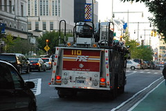 FDNY Ladder 110 (Triborough) Tags: nyc newyorkcity ny newyork brooklyn firetruck fireengine ladder fdny 2007 seagrave downtownbrooklyn kingscounty newyorkcityfiredepartment october2007 ladder110