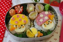 Mushrooms bento (luckysundae) Tags: mushroom onigiri kawaii bento japanesefood bentobox obento