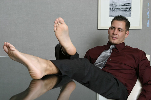 Photos of sexy male feet