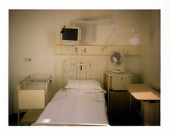 hospital room (George Pollard) Tags: hospital polaroid fan northampton fuji interior boxingday naturallight monitor instant expired cot outofdate instant30 fp100c 261207 balmoralward northamptongeneralhospital