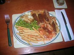 Mmmmm, lovely! (Gene Hunt) Tags: gravy fries 2008 toadinthehole nikone3700 gardenpeas carrotsparsnips