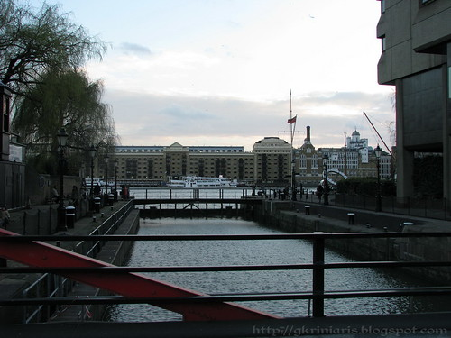 Entrance of St Katharine Docks