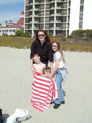 022504-15.53.28 (Pak T) Tags: california beach sand sandiego towel adt jcs hoteldelcoronado ddt thedel nationalhistoriclandmark dxt