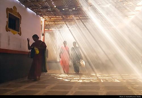 Foto: Iluminación espiritual mezclada con la iluminación Solar