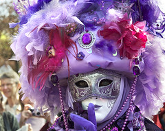 Ssssttt... (Isna On/Off) Tags: carnival paris face costume purple visage d90 kartpostal parisevent lecarnavalvnitiendeparis