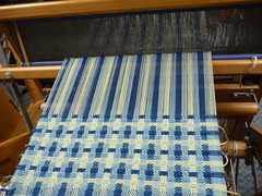 Sue Willingham's continuing weaving class