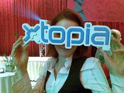Sehr kleidsam das Logo ;)