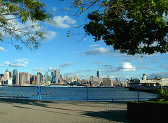 Manhattan skyline from Harbor Boulevard  Weehawken, New Jersey (Jim in Times Square) Tags: nyc newyorkcity blue usa ny newyork skyline buildings us newjersey unitedstates manhattan nj skylines rivers hudsonriver empirestatebuilding charthouse weehawkennj charthouserestaurant october142007 10142007