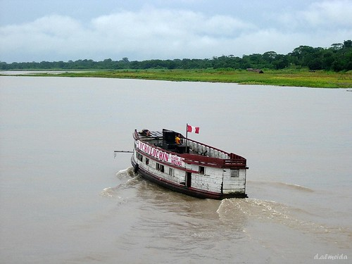 Boat on the Amazon por David Baggins.