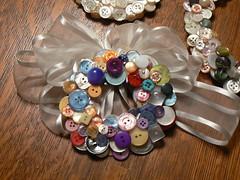 My colorful button wreath (lizaleemiller) Tags: buttonwreath craftychix