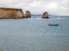 FRESHWATER BAY (monikarucka) Tags: uk water boat cliffs views isleofwight freshwaterbay