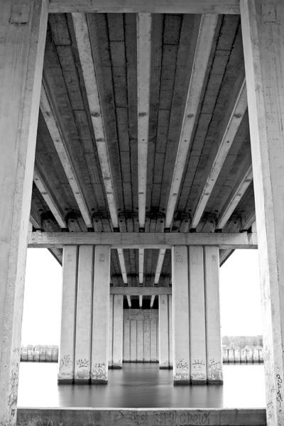 Nikolaev, bridge