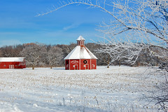 door prairie barn winter